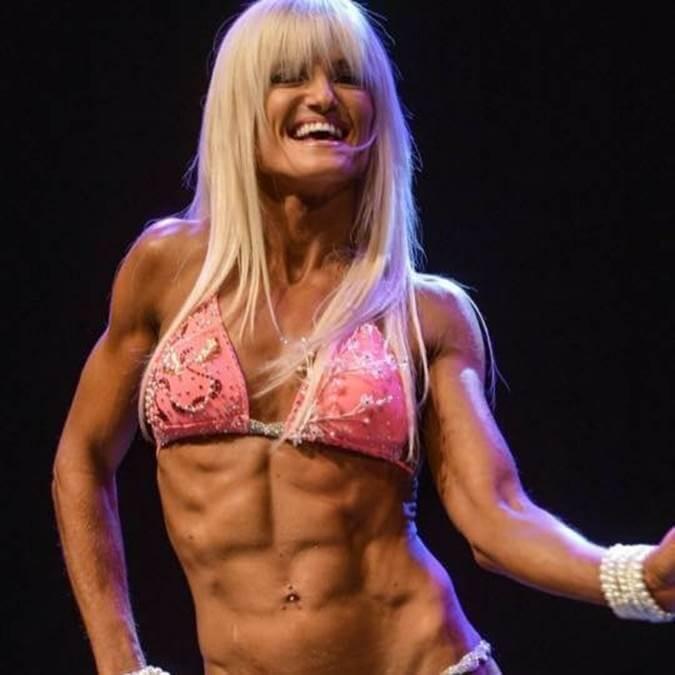Yelena Yermolenko First Bodybuilding Competition